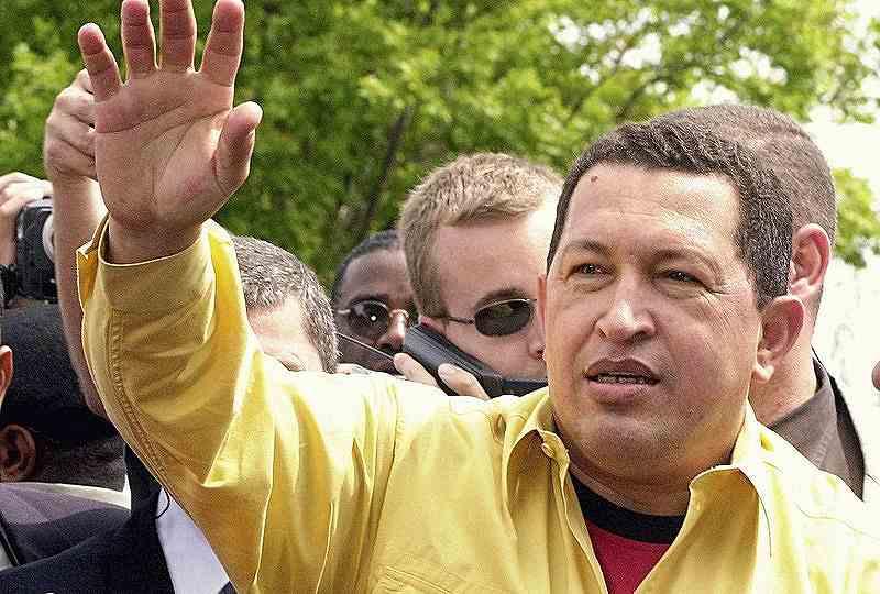 ベネズエラのウーゴ・チャベス大統領(写真左:Wikipediaより)は熱... 【IBAF】ベネ