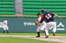IBAF18歳以下世界野球選手権大会の日本代表のセカンドのレギュラーとして活躍した明徳義塾の伊與田は専大に進学